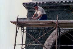 Giuseppe Brogni al lavoro.